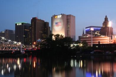 Newark,_New_Jersey_at_night