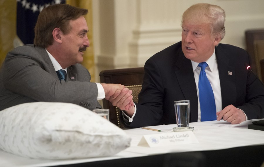 MyPillow Mike Lindell and Trump - Photo
