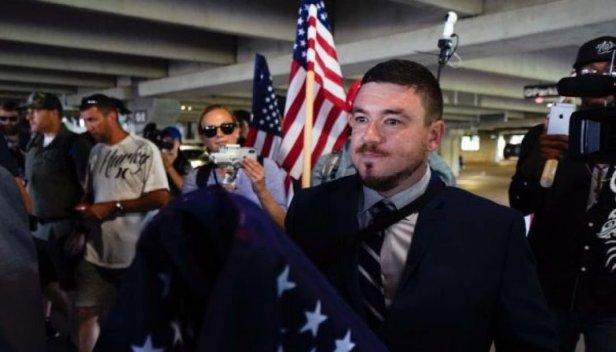 unite-the-right-protesters-arrive-in-dc-march-under-police-escort-amid-counterprotests-1050x600