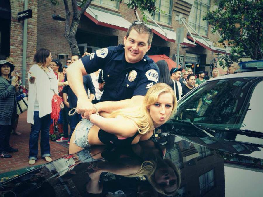 cops-strippers